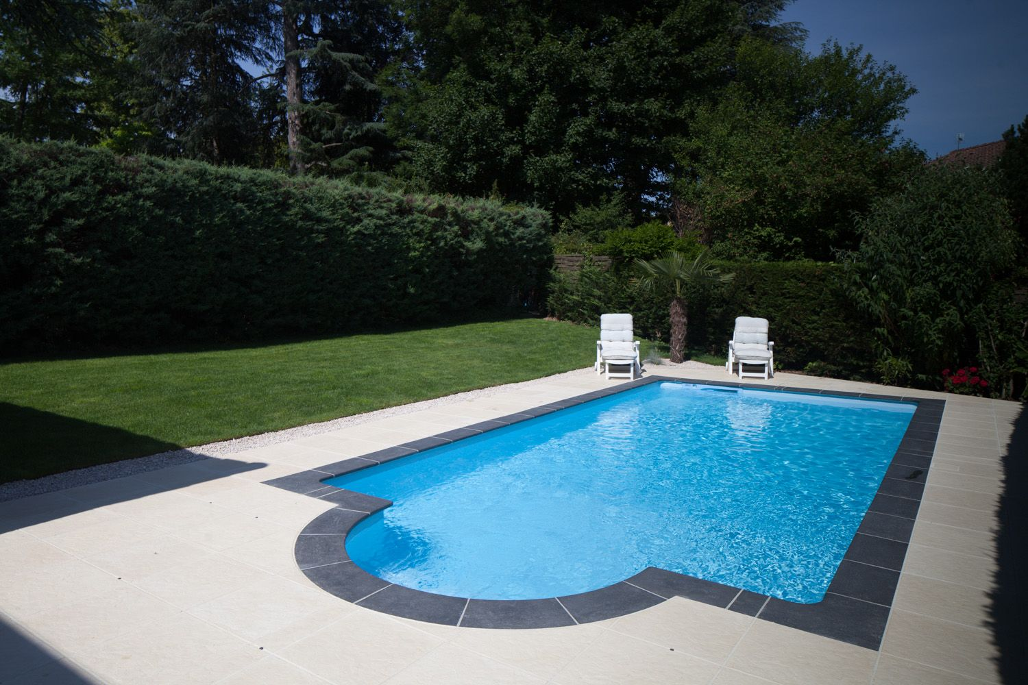 Piscines Sion Montreux Etoy taille_xs