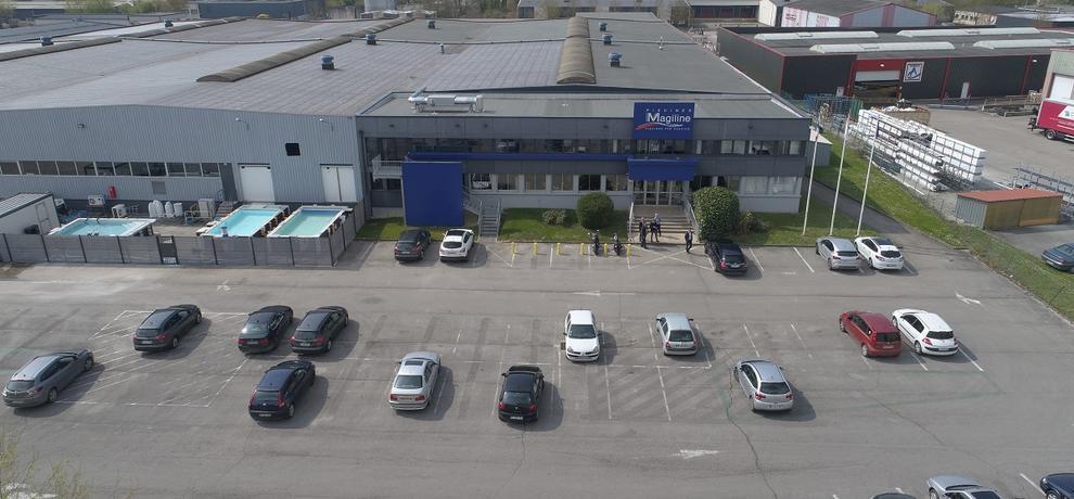 usine magiline Piscines Sion Montreux Etoy